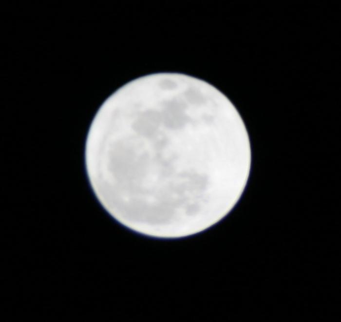 満月がキレイです〜♪